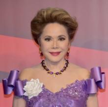 80歳・デヴィ夫人『遊戯王』デビューで初勝利 デュエリストの本質突き話題「カードはそれぞれ役目がある」
