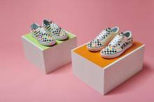 「MoMA × Vans」のコラボが実現!モネの睡蓮など有名作品をフィーチャーしたアパレルが登場です◎
