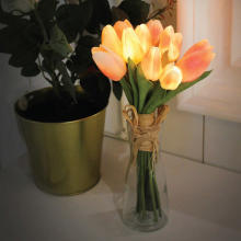 優し灯りに癒される♡フェミニンでかわいい『フラワーLEDライト』がヴィレヴァンオンラインに登場です!