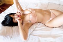 RaMu、最大露出挑戦の写真集タイトル&表紙公開 初めて下乳、背中ヌードを披露