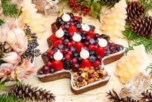 今年はツリー、リース、雪の結晶をイメージした3種類。「キル フェ ボン」のクリスマスケーキが気になる…!