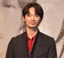 綾野剛、北川景子の強烈ビンタでフラつく「早すぎて見えなかった…」