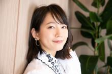 吉岡里帆、胸元チラリショット公開「あ、あざといッス」「圧倒的可愛さ!」