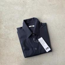 ノーマークだったけど、これは買いかも。ユニクロの「オーバーサイズボウタイシャツ」は大人女子にぴったり◎