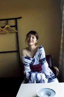 神部美咲、26歳初グラビアは浴衣で大人の色気「撮影で着るのは初めてで…」
