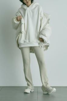 """この冬は""""白い""""インスタポンプフューリーを履くって決めた。スナイデル×リーボックの別注モデルが鬼アツです♡"""