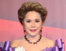 """デヴィ夫人""""53年前""""の娘との2ショット写真に反響「今も美しいけど、ほんとに東洋の真珠」"""