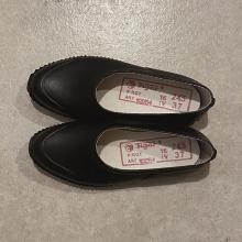 毎日履きたいレインシューズ、やっと見つけた♡レトロさがかわいすぎる「OPANAK」が気になります◎