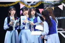 日向坂46、朗読劇×ファッションショー×ライブに5万人 新3期生も参加「緊張」