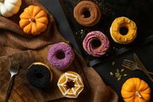 この時期だけのかぼちゃ×紫イモは見逃せない!コエ ドーナツ京都にハロウィンドーナツが9日間限定でお目見え♩