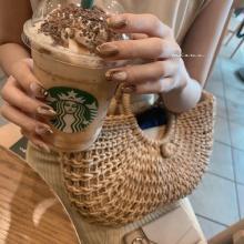 おしゃれさん注目の「ラテネイル」って知ってる?ミルクたっぷりorコーヒー濃いめどっちもかわいすぎるんです♡