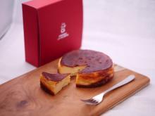 ヤギミルクを使用した人気「プレミアムチーズケーキ」のEC販売が開始!
