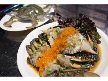 北海道産ワタリガニを使用した「生カンジャンケジャン」が1日10食限定発売