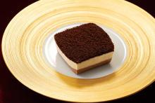 """「ファミマ」からユニークな""""チーズケーキ""""が登場♡見た目はプリンなのに、ふわっふわの食感が新しい…!"""
