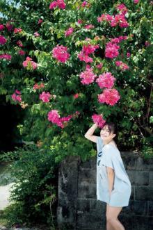 """""""日本一エロすぎるグラドル"""" 森咲智美「写真集」10位発進 圧巻の最強ボディ惜しげもなく披露"""