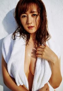小松彩夏、さらに美しくセクシーになり1年ぶり『週プレ』グラビア デジタル写真集も発売