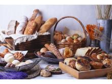 「鳴門屋」の人気パンも食べ放題!「梅田ファクトリーカフェ」コラボランチ