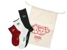 「靴下屋×OSAMU GOODS」コラボソックス第2弾!限定セットやエコバッグも