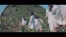 櫻坂46、佐渡島撮影の初MV公開 大自然を背にダイナミックに踊る
