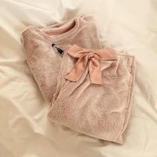 """【GU】まるでマシュマロを着てるみたい♡11月19日まで値下げ中の""""もちふわルームウェア""""はチェックした?"""