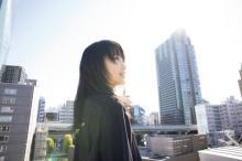 鞘師里保、5年ぶり撮り下ろしグラビア「自信をもっていろいろな表現をしていきたい」