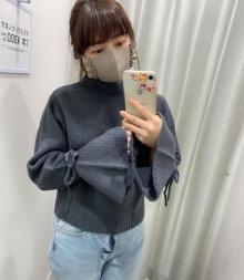 袖口にきゅんです♡GUの「キャンディースリーブセーター」がプチプラとは思えないほど高見えするって噂