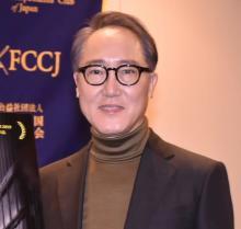 佐野史郎、映画『BOLT』は「デビュー作の空気に近かった」