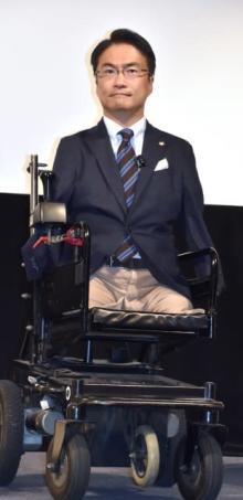 乙武洋匡氏、コロナ禍でも「僕らは濃厚接触を避けられない」 日常生活の課題を指摘