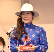 『新藤兼人賞』HIKARI監督が金賞 「感無量です」と涙