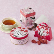 Afternoon Teaの冬アイテムが数量限定でお目見え♩パケ買いしたくなる「トラネコボンボン」デザインです♡