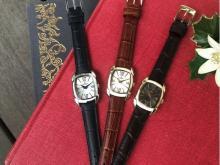 ペアギフトにも!オロビアンコのトノー型レディース腕時計「RETTANGOLINA」