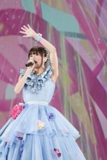 水瀬いのり、歌手デビュー5周年ライブで涙 人生見つめ直した1年…ファンの応援「恋しいなぁ」