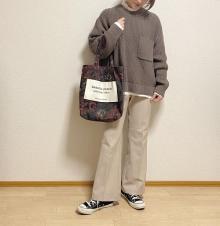GUメンズの「ローゲージクルーネックセーター」が隠れ名品と話題…!ワンポイントの胸ポッケが魅力なんです♡