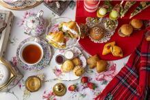 パンが主役のアフタヌーンティーにも苺スイーツがプラス♡ヒルトン東京で「アリス×苺」フェアが開催されます