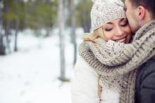 かわいいな~!男性が思わずキュンとなる女性の「冬しぐさ」