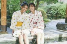 鷲見玲奈&岡副麻希、プライベート感あふれる浴衣姿 最強コンビで『週プレ』表紙飾る