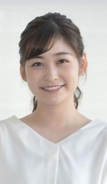 岩田絵里奈アナ、4歳の姪っ子を公開「ハーフ?」「口元が似てる~!」「大人っぽい!」