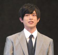 砂川脩弥、舞台に意気込み「自信を持って」 『ゼロワン』滅の金髪から黒髪にイメチェン