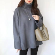 年末年始にもう1着足すならこれ!H&Mの「タートルネックセーター」の美シルエットに惚れ惚れしちゃう…