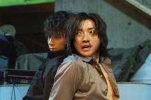 藤原竜也、初共演の竹内涼真と積み重ねた信頼関係「心のよりどころだった」