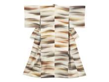 箪笥に眠る着物を現代アイテムに!「家庭画報クチュール きものリメイク」