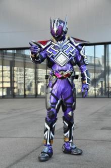 『仮面ライダー滅亡迅雷』ビジュアル解禁 敵役はリオン変身の仮面ライダーザイア