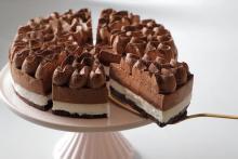 1月20日発売の「スタバ新作フード」が気になる!バレンタインにぴったりのケーキも登場します
