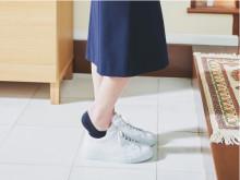 大人気のフットカバー「脱げないココピタ」のスニーカー専用設計が新発売