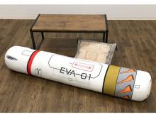 長さ約140cm!エヴァンゲリオンの「エントリープラグ型クッション」登場