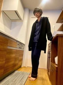 川上洋平、パジャマ姿の『ウチカレ』オフショット「萌え袖もあざとかっこいい」「きゅんです」
