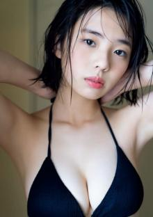 「ミス週刊少年マガジン」菊地姫奈、ちょっとだけ背伸び いつもと違う雰囲気を撮り下ろし