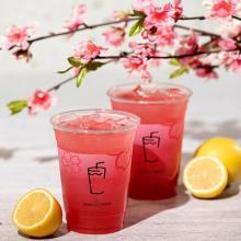 """春の定番""""桜フレーバー""""ドリンク。シェイクシャックより「桜シェイク」と「桜レモネード」が期間限定で発売"""