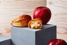 期間限定ダブルなご褒美。ハーゲンダッツバニラ×焼きたてアップルパイRINGOの贅沢サンデーが新登場