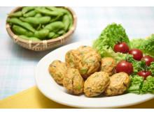 そのまま食べてもおいしい!「白身魚揚げ 枝豆」が季節限定で新発売